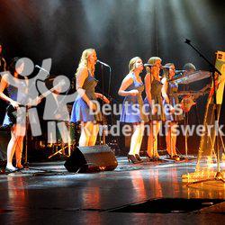 Die Goldene Göre ist mit insgesamt 12.000 Euro dotiert und der renommierteste Preis für Kinder- und Jugendbeteiligung in Deutschland.